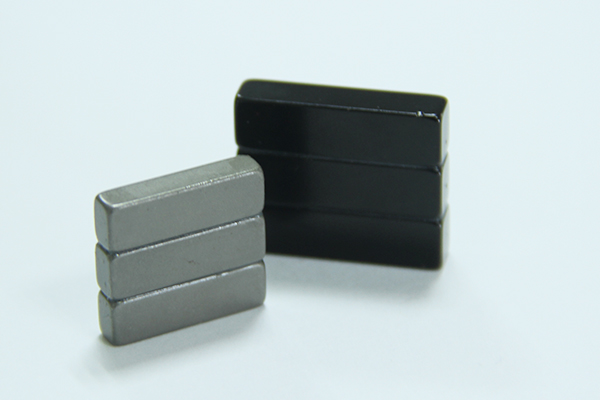 Laminated Magnet-Block Shape